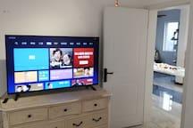 60寸超大小米电视
