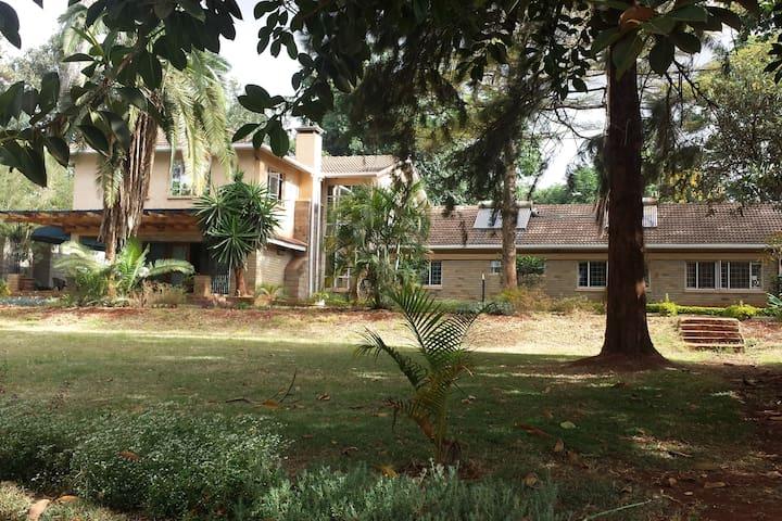Raiyani House B&B Room 4 - Nairobi - Bed & Breakfast