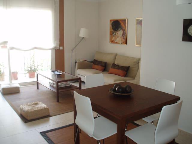 Apartamento a 2 minutos de la playa - Калафель - Квартира
