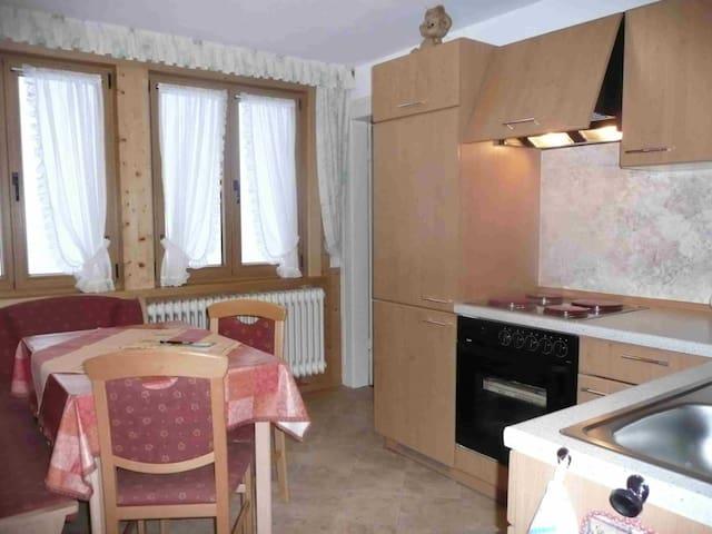 """Haus am Berg, (Schönwald), Ferienwohnung """"Talblick"""", 52 qm, 1 Schlafzimmer, max. 4 Personen"""