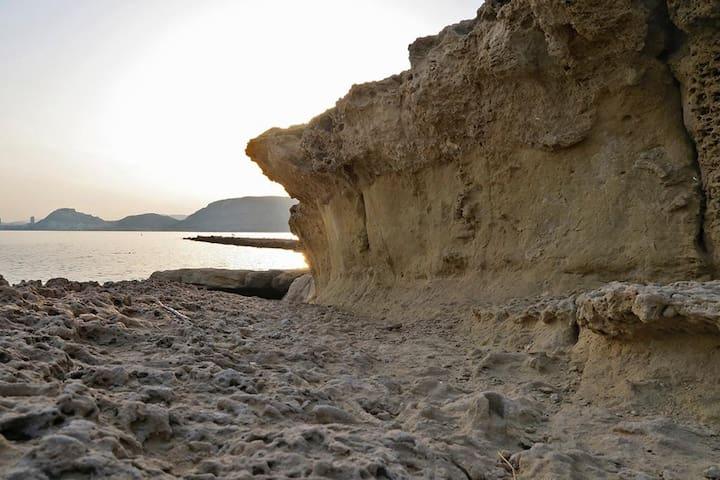 El Cabo de La Huerta una de las zonas mas bonitas para baño y paseo de la ciudad de Alicante