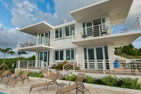 Oceanview Villa with Pool & 4 Full Baths Sleeps 10 - Vieques