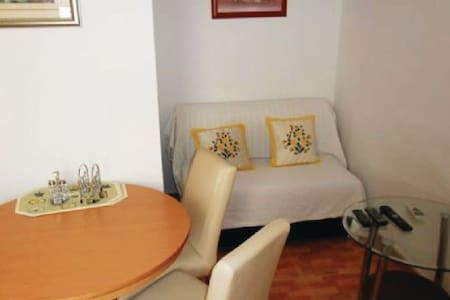 2 Bedrooms Apts in Sucuraj - Sucuraj