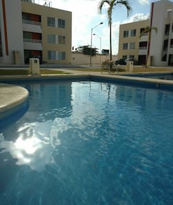 Beautiful Department with pool!! - Cancún  - Lejlighed