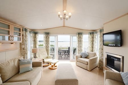 Luxury holiday home Rockley Park Poole - Poole