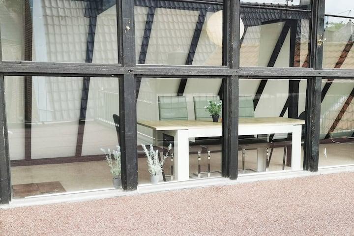 GO01 Zentrales 3 Zimmer Apartment mit großer Dachterrasse und gratis W-LAN in Goch