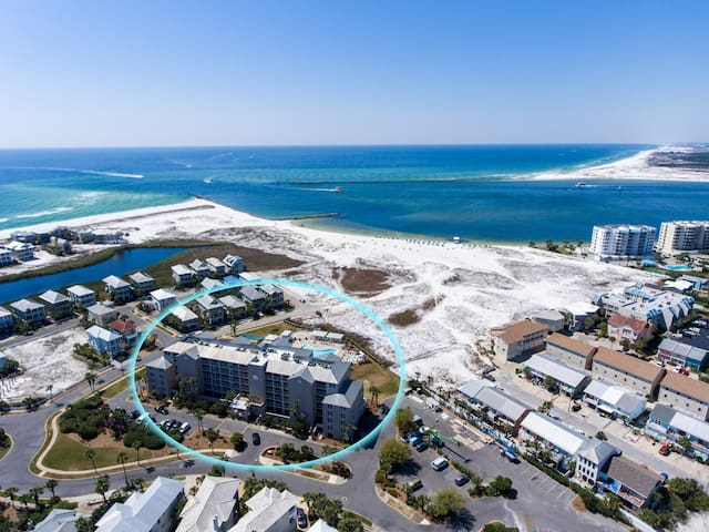 Fully Remodeled & Located in the Heart of Destin!