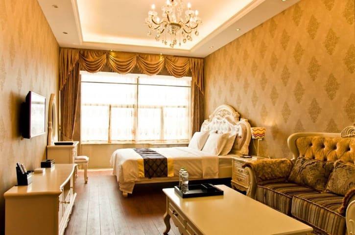 途家斯维登度假公寓酒店(临安汽车东站)