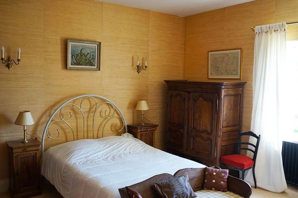 Chambre chez l 39 apiculteur bed breakfasts te huur in for Chambre agriculture champagne ardenne
