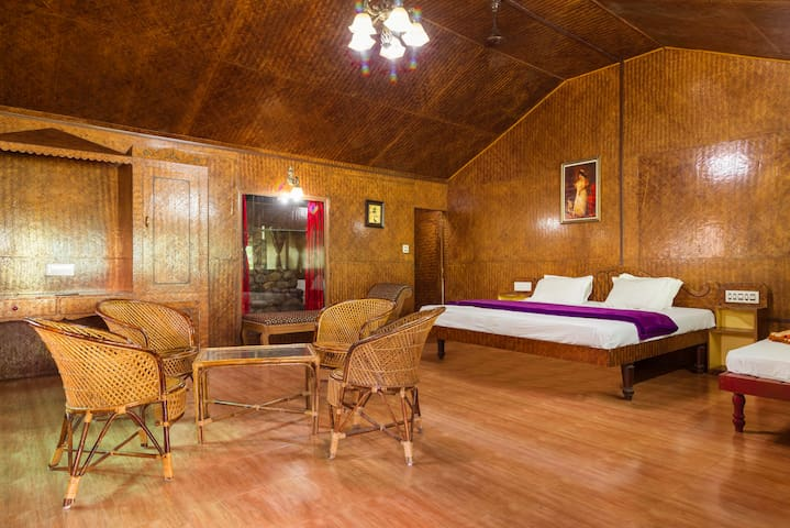 Comfy commodious room in a boutique stay - Manikandanchal