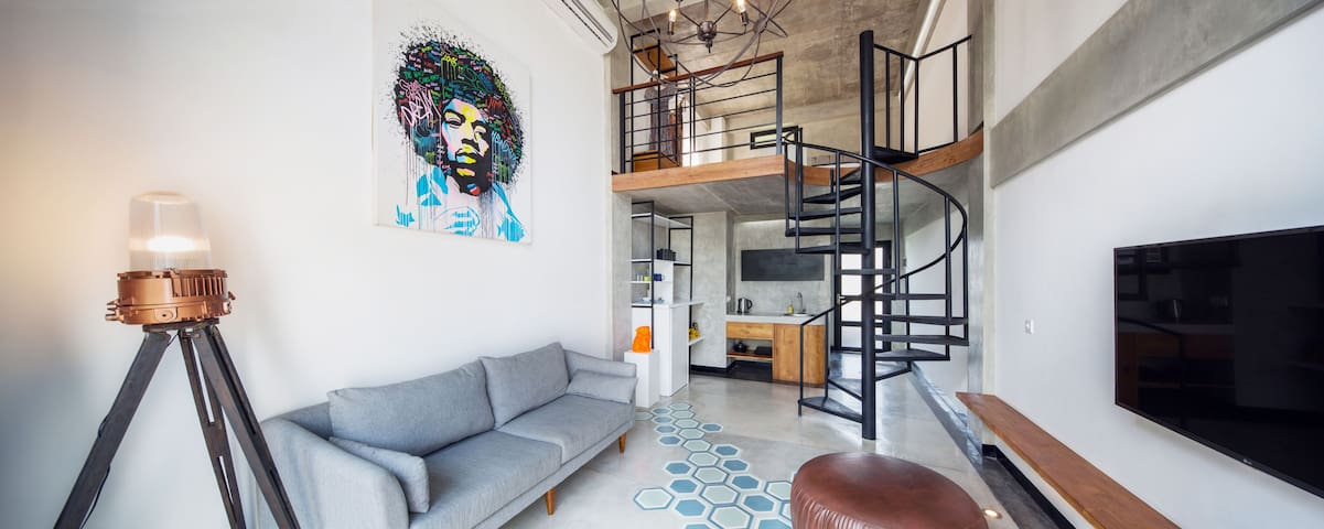 B21 Cozy Loft in the Heart of Seminyak