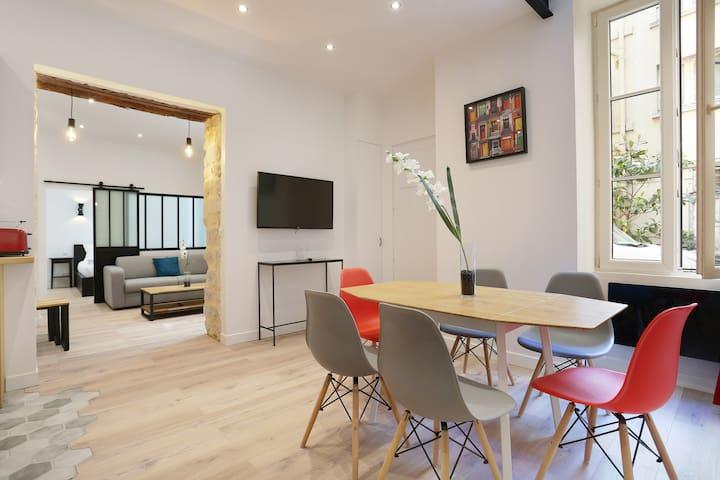 A Modern Loft in the Higher Marais