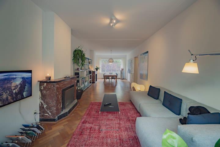 Luxury design apartment near Rotterdam center