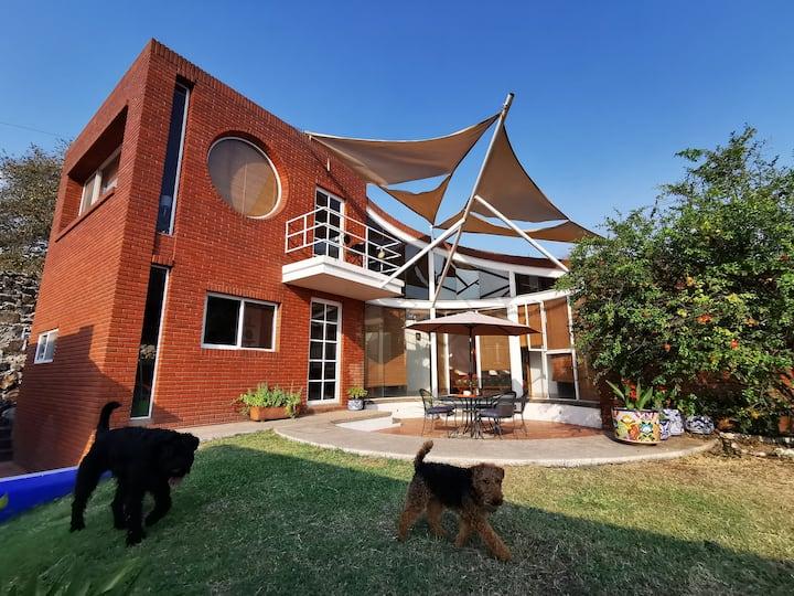 Casa y Bioalberca VERGELES DE OAXTEPEC