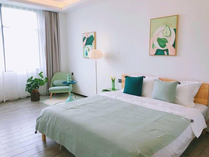 201果绿大床房