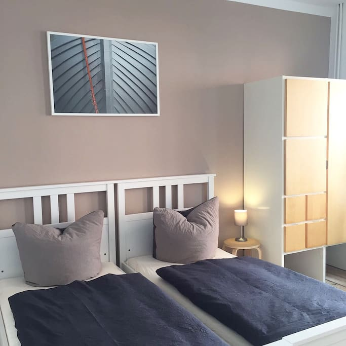 gem tliche kleine wohnung nah an altstadt und see appartements louer brandenburg an der. Black Bedroom Furniture Sets. Home Design Ideas