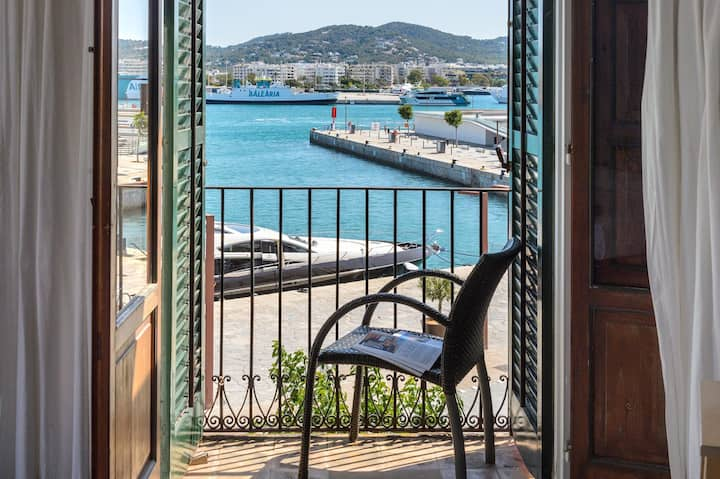 Wonderful Sea View Studio in Ibiza Port!!! 4