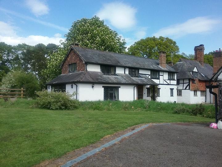 Redlands cottage self check in!