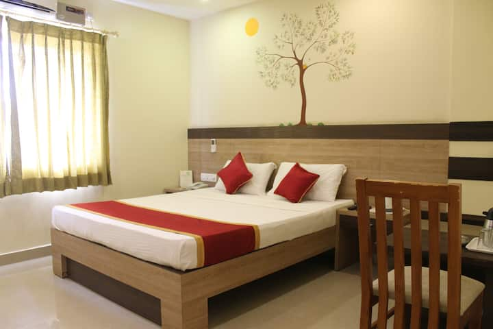 Suite in a Hotel located near Yeshwanthpur