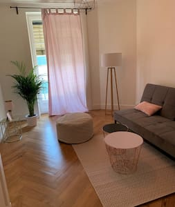 Lovely bright flat close to Cornavin station