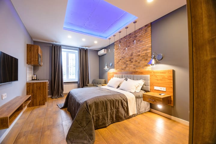 New Loft style apartment in the city centre ID931