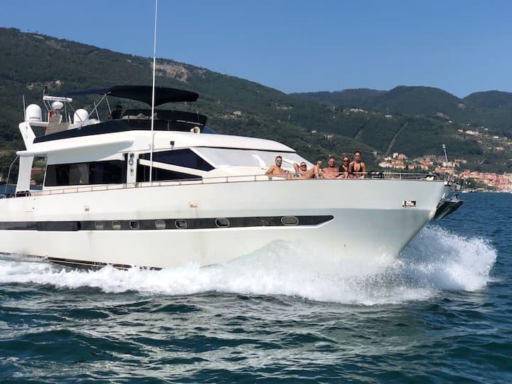 Cinque 5Terre five lands Luxury Yacht B&B charter
