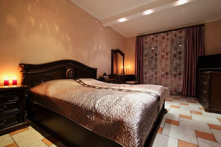 Апартаменты Hotel76 на Собинова 42