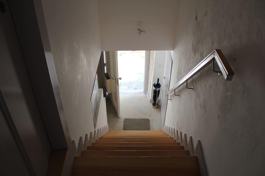 Escalier desservant le palier