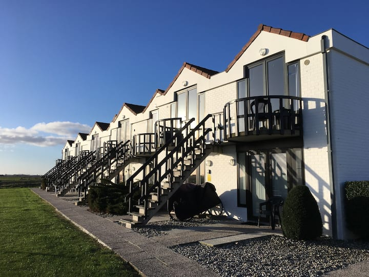 Knus appartement met zicht op Zeepolders De Haan