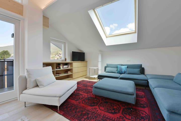 Beautiful Contemporary Apartment in Ortisei