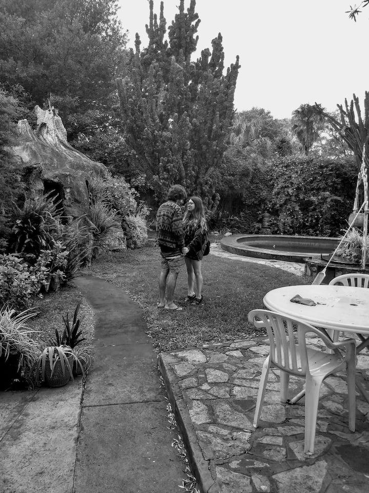 Don Torcuato b&b, con jardín y piscina.