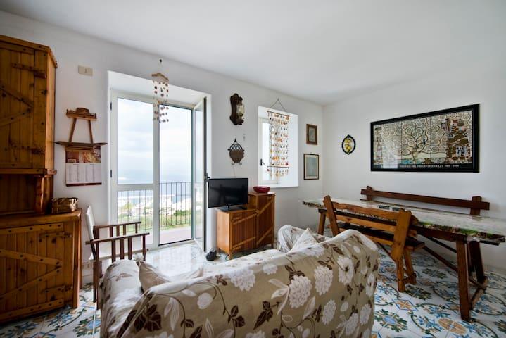 Vista mozzafiato sul golfo - Procida - Apartamento
