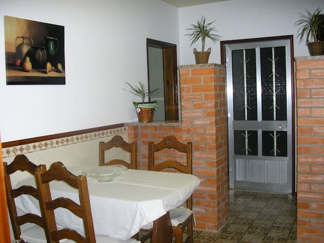 Casa Rural Maria Rosa-Aloj.1  economic apartment