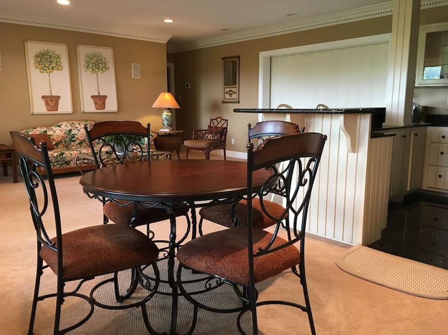 Large One Bedroom Apartment In Upscale Home Houses For Rent In Knoxville Tennessee United States