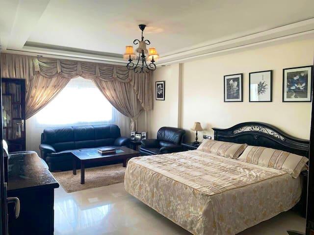 Masters bedroom avec dressing et douche