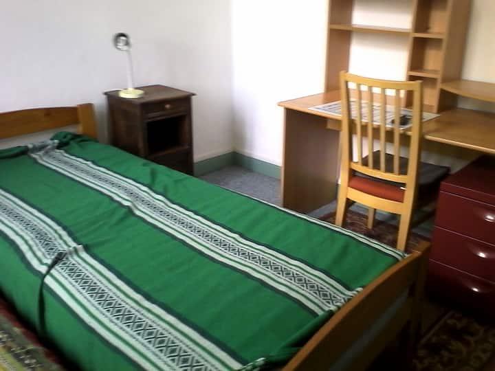 Chambre dans maison gare St. Jean