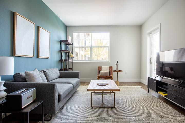 Roomy Fremont 1BR w/ Pool, Gym, 13 mins to Tesla factory by Blueground