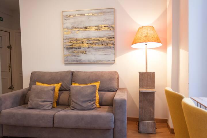 New Apartamento  - Retiro-Atocha. Wifi, AC* 6pax