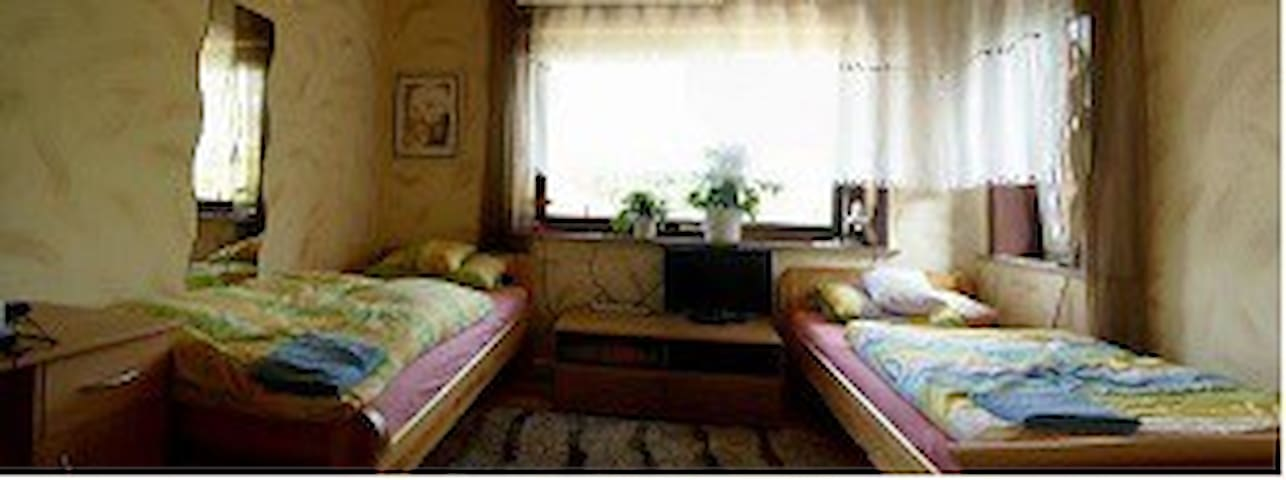 Monteur-Ferien-Zimmer Trittau - Trittau - Vandrarhem