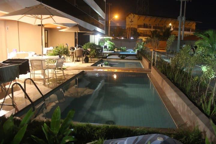 Flat com piscina privada em Porto de Galinhas, próximo as piscinas naturais (CPG01)