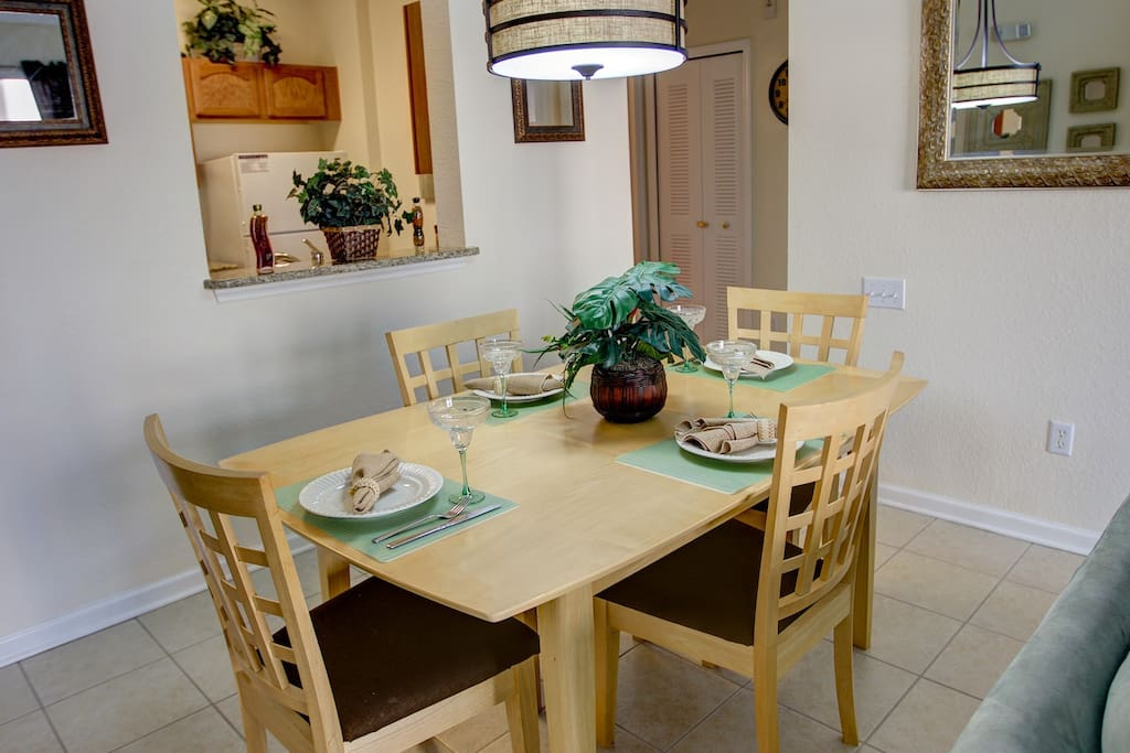 Vacation Condo Dining Room