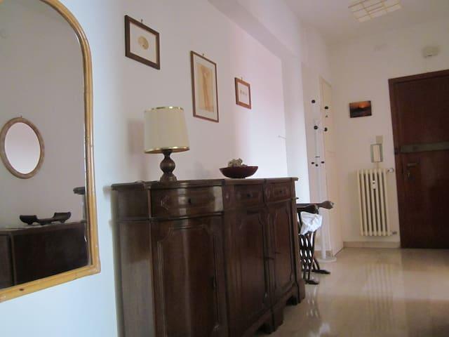 Appartamento confortevole e luminoso - Trieszt - Lakás