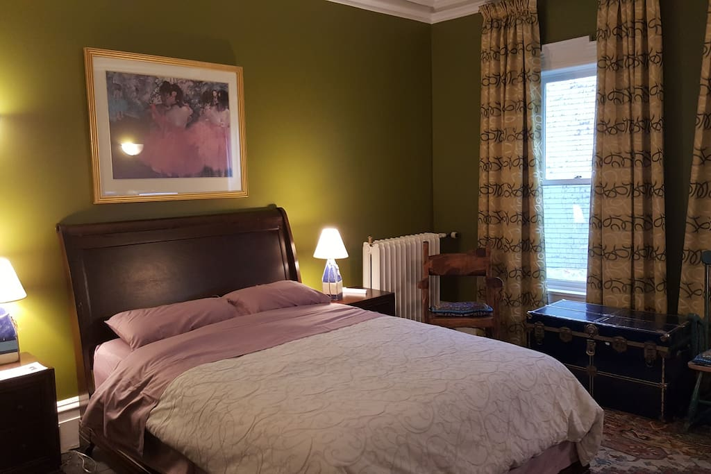 chartreuse room bed and breakfasts for rent in halifax