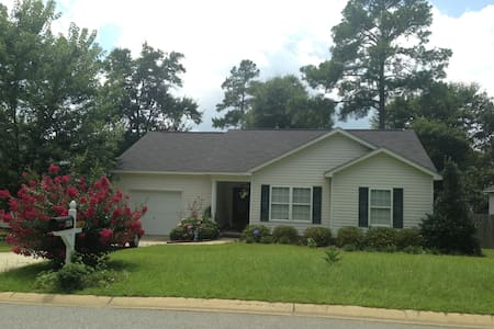 FAMILY HOME IN COLUMBIA- BDR B