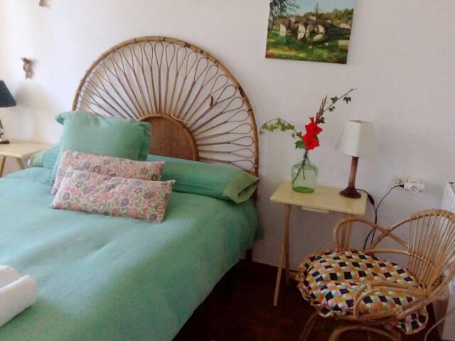 Dormitorio 1 doble vistas jardín