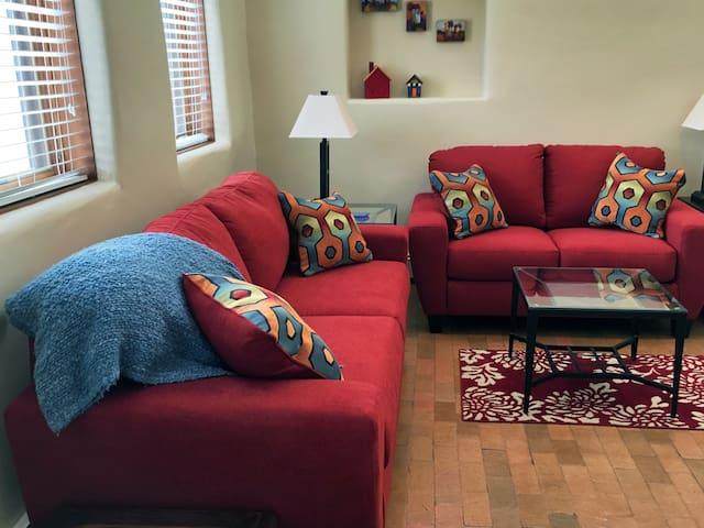 Charming Corrales Casita - Corrales - Apartment