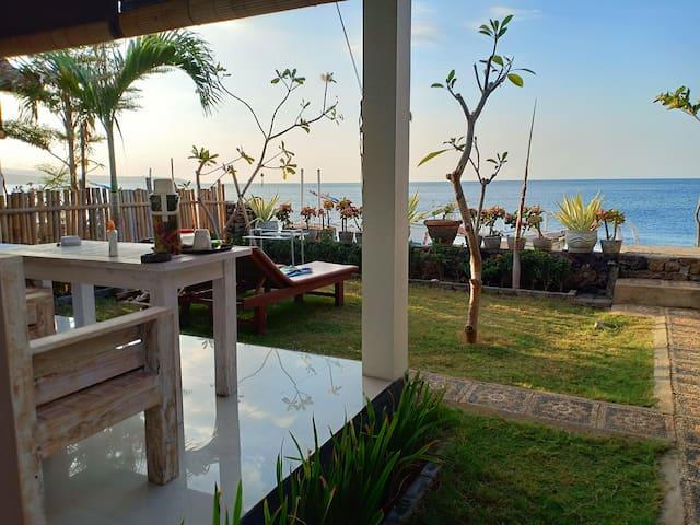 solaluna beach bungalow