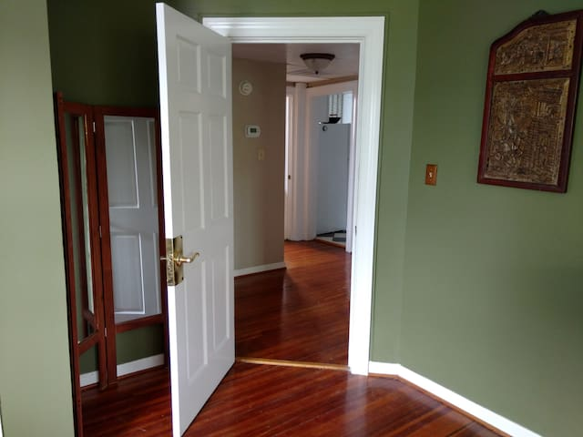 Hallway to the bathroom and kitchen