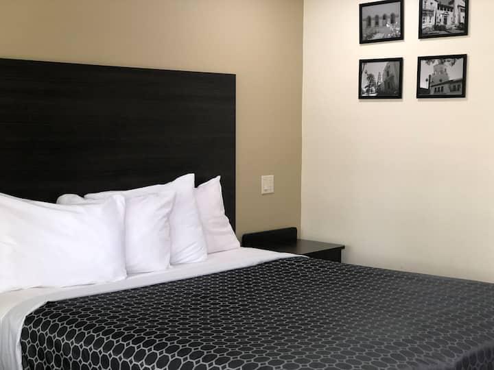 King Bed Guest Room @ Simply Home Inn Riverside,Ca