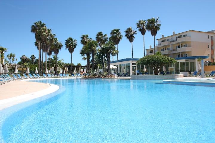 Easy4Stay by Beach Resort - Portimão